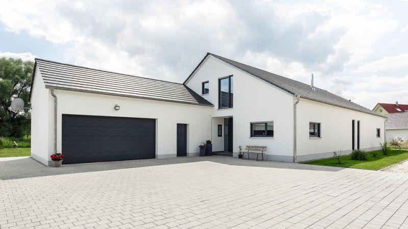 Holzhaus die kunst des zimmermanns for Rechteckiges haus